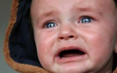 Que veut me dire mon bébé par ses pleurs ?